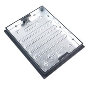 producty picture of a clark drain recessed manhole cover 600 x 450 cd790r